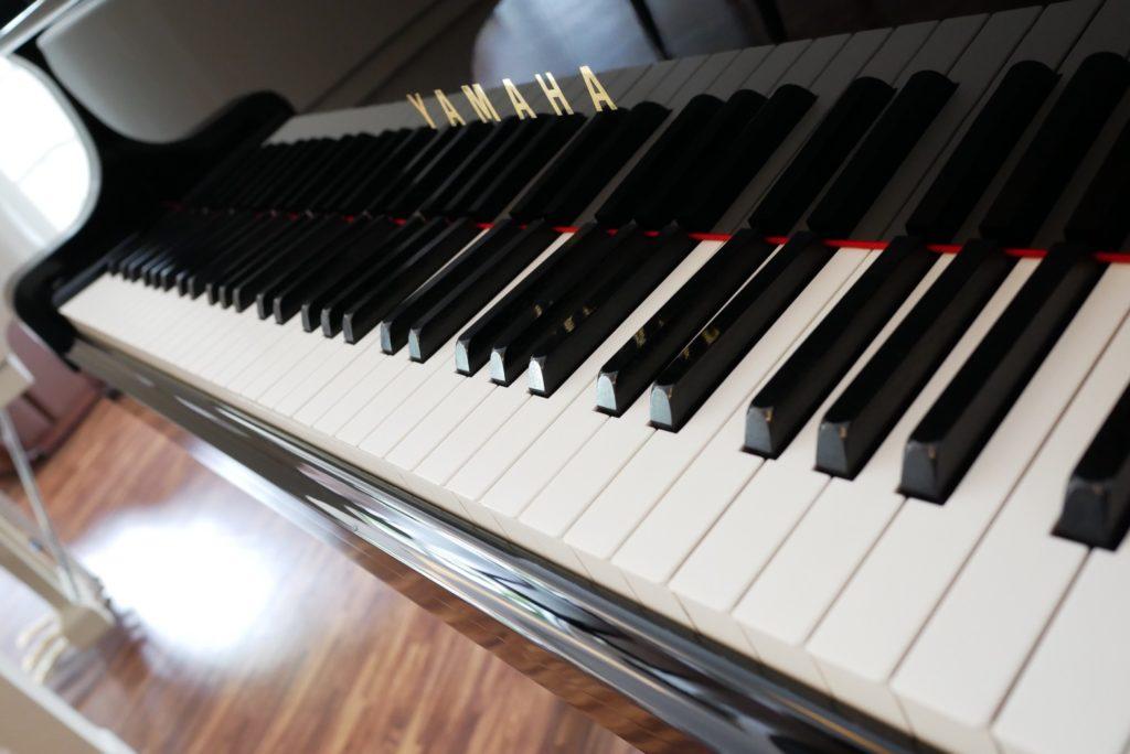 เราส่งมอบเปียโนมือสองคุณภาพ กว่า 10 ปี  - BUYING GUIDE