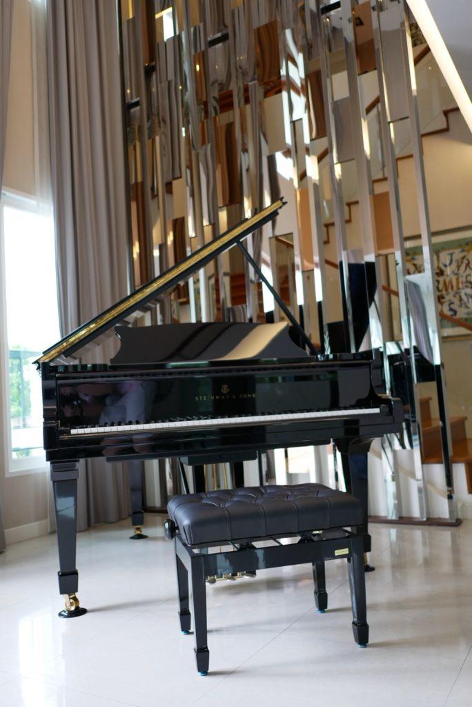 เปียโน Steinway & Sons Model M มือสอง