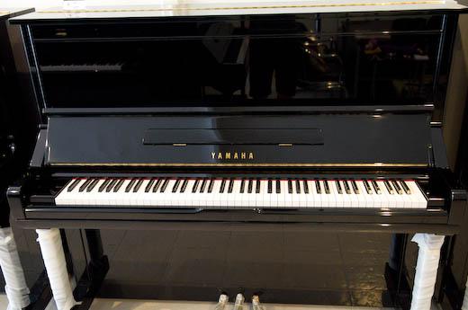 เปียโน Yamaha มือสอง รุ่น YU3