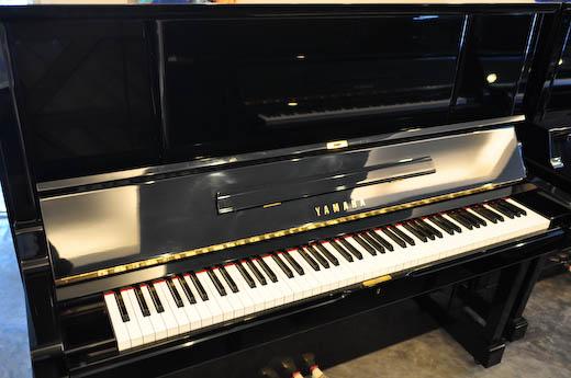 เปียโน Yamaha มือสอง รุ่น YUX