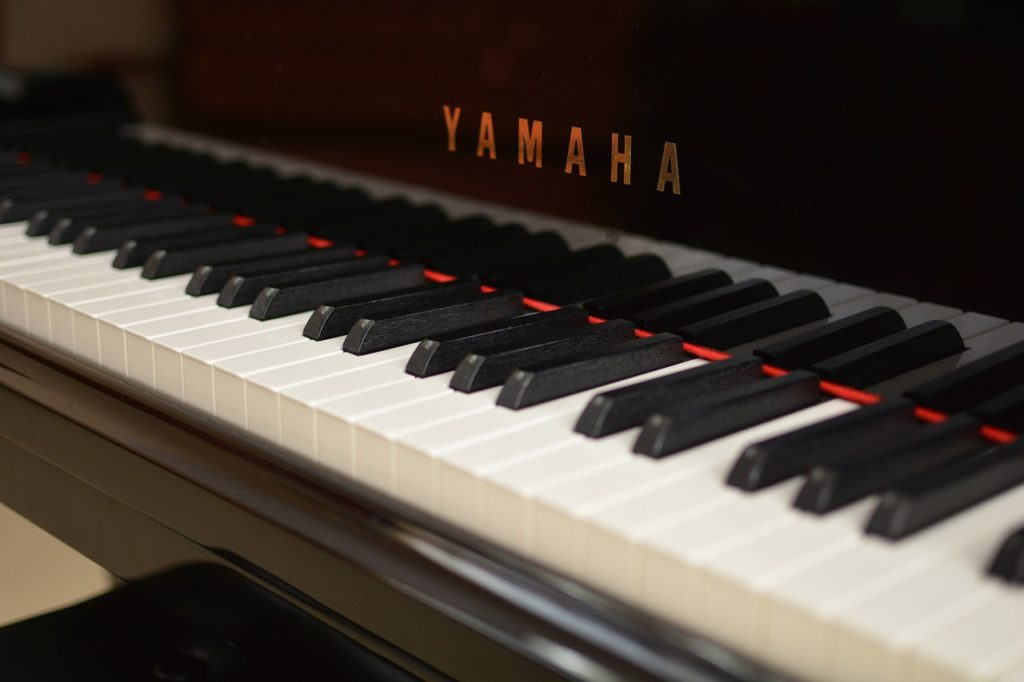Japanese Piano Brands - เปียโนมือสองนำเข้าจากญี่ปุ่น เกรด A สภาพดี
