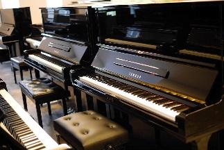วิธีเลือก เปียโนอัพไรท์ มือสอง สภาพดีๆ ใหม่เอี่ยม ราคาประหยัด